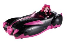 Sweet 1600 Playset Exclusive: Draculaura's Roadster with Draculaura Released Fall 2012 - Exclusive to JC Pennys