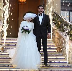 You can find different rumors about the annals of the marriage dress; Kebaya Wedding, Muslimah Wedding Dress, Muslim Wedding Dresses, Bridal Dresses, Hijab Dress Party, Hijab Style Dress, Wedding Hijab Styles, Bridal Hijab, Marriage Dress