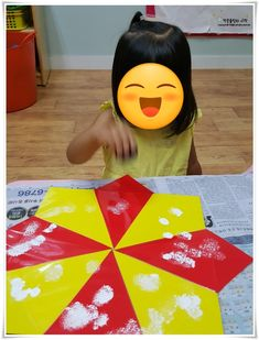 3세 만들기 우산 만들기 비오는날 쓰지 마라 ㅋㅋ : 네이버 블로그 Playing Cards, Pizza, Playing Card Games, Game Cards, Playing Card