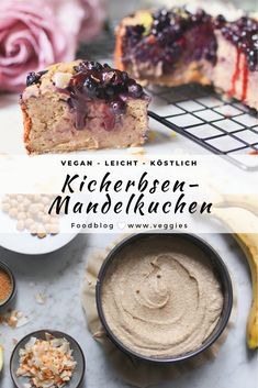 Kichererbsen-Mandelkuchen mit Heidelbeeren I just love this cake because it gets creamy like a cheesecake, but not nearly as powerful. I make it based on cooked chickpeas, gluten-free oatmeal and grou Lemon Desserts, Healthy Dessert Recipes, Healthy Baking, Baking Recipes, Peach Pie Recipes, Cake Recipes, Mini Peach Pies, Chickpea Cakes, Dessert Oreo