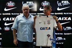 Política turbulenta aumenta pressão no Corinthians por vaga na semifinal #globoesporte