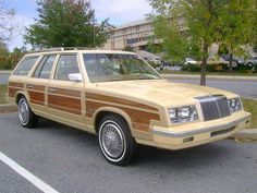 1985 Chrysler LeBaron Town & Country Turbo
