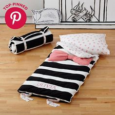 Candy Bow Sleeping Bag (Pink)    The Land of Nod