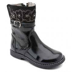 Glossy, Black Patent Girls Zip-up Boots - Girls Boots - Girls Shoes http://www.startriteshoes.com/girls-shoes/boots/glossy-black-girls-zip-boots