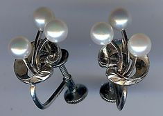 082c22307 Details about *MIKIMOTO ELEGANT VINTAGE STERLING SILVER THREE PEARL  SCREWBACK EARRINGS