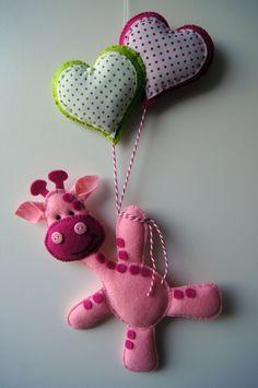 Handmade by JoHo - Giraffe van vilt en stof - Giraffe felt