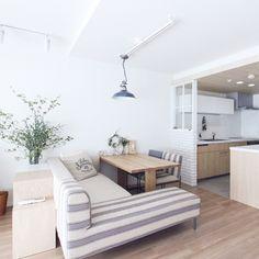 Scandinavian Home Decor Interior Exterior, Interior Architecture, Interior Design, Multifunctional Furniture, White Rooms, Scandinavian Home, Home Office Decor, Small Spaces, Living Spaces
