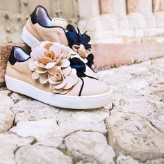 Shop powered by PrestaShop Casual Shoes, Baby Shoes, Shoes Sneakers, Walking, Fancy, Style Inspiration, Purses, My Style, Womens Fashion