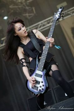 """INTERVIEW: CHTHONIC's DORIS YEH - """"Female Artists In Metal Scene Are Easily Noticed, Even If You Dress Like A Nun"""" ~ Metal Wani"""