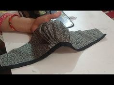 पफ वाली बाजू बनाने का आसान तरीका (puff sleeves cutting and stitching very easy method) - YouTube Chudidhar Neck Designs, Neck Designs For Suits, Sleeves Designs For Dresses, Blouse Back Neck Designs, Kurti Sleeves Design, Kurta Neck Design, Blouse Designs Catalogue, Sewing Sleeves, Simple Blouse Designs
