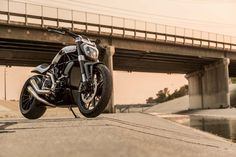 Roland-Sands-Design-RSD-Ducati-XDiavel-custom-motorcycle-Sturgis-05.jpg…