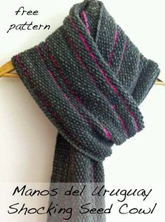 Today's free pattern highlight is the Shocking Seed Cowl knit in Manos del Uruguay Maxima. The brighter the contrast color the better.