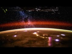 Espectacular vídeo de nuestro planeta Tierra visto desde el espacio - http://dominiomundial.com/espectacular-video-de-nuestro-planeta-tierra-visto-desde-el-espacio/?utm_source=PN&utm_medium=Pinterest+dominiomundial&utm_campaign=SNAP%2BEspectacular+v%C3%ADdeo+de+nuestro+planeta+Tierra+visto+desde+el+espacio