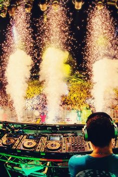 #Tiesto #edm, light show.