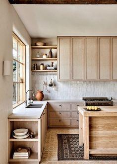 Rustic Kitchen, New Kitchen, Kitchen Decor, Eclectic Kitchen, Kitchen Rules, Kitchen Ideas, Küchen Design, Interior Design, Minimal Kitchen