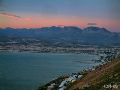 A sunset view of Goden's Bay taken from the Pump Station road above. African Beauty, African Art, Beautiful Homes, Beautiful Places, Cape Town, South Africa, Sunrise, River, Pump