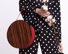 Kreis aus Holz Tasche mit rotem Leder | Holz und Ledertasche | Geschenk für Frauen | Handgemachte | Lemnia