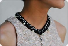 swellmayde: DIY | Braided Pearl Necklace - I'm on the fence about liking this one