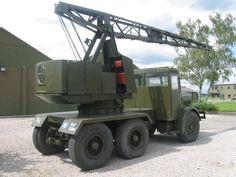 Thorneycroft Amazon Crane Military Engineering, Dog Soldiers, Old Lorries, Aircraft Maintenance, Army Vehicles, Car Engine, British Army, Diesel Engine, Old Trucks