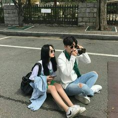 ulzzang couple images, image search, & inspiration to browse every day. Mode Ulzzang, Korean Ulzzang, Boy Best Friend Pictures, Couple Pictures, Korean Aesthetic, Couple Aesthetic, Aesthetic Grunge, Cute Couples Goals, Couple Goals