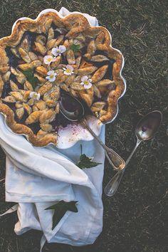 Pastel de frutos del bosque y melocotón | Claudia&Julia