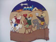 Corona navideña 3 Reyes Magos - Madera corte láser