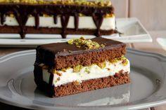Tarta de chocolate y queso, con pistachos - MisThermorecetas