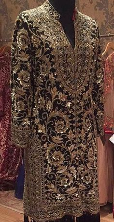 whatsapp punjabi suit - punjabi suits - suits- chooridar suit - Patiala Suit - patiala salwar suits Haute spot for Indian Outfits. Pakistani Couture, Pakistani Wedding Dresses, Pakistani Dress Design, Pakistani Outfits, Indian Dresses, Indian Outfits, Punjabi Wedding, Indian Couture, Desi Clothes