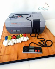 (*** http://BubbleCraze.org - Like Android/iPhone games? You'll LOVE Bubble Craze! ***) Nintendo Cake