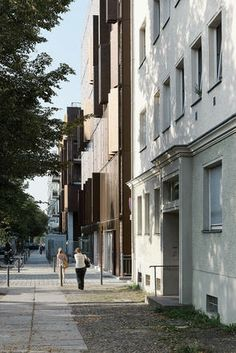 Urban garden, residential construction in Berlin, street view