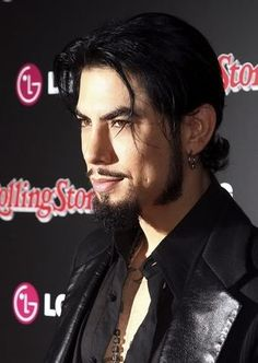 Beard Styles – Page 2 of 9 – Cool Men's Hair Jane's Addiction, Dave Navarro Ink Master, Foo Fighters Nirvana, Celebrity Travel, Celebrity Style, Jenner Sisters, Kendall And Kylie Jenner, Beard No Mustache, Hair And Beard Styles