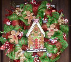 Festive wreaths made of mesh look absolutely attractive. We'll show you how to make a mesh wreath with the help of a simple deco mesh wreath tutorial. Christmas Wreaths To Make, Christmas Ribbon, Holiday Wreaths, Christmas Projects, Holiday Crafts, Christmas Time, Christmas Decorations, Winter Wreaths, Spring Wreaths