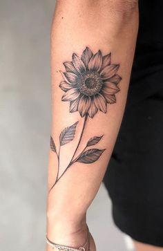 Sunflower Tattoo Meaning, Sunflower Tattoo Shoulder, Sunflower Tattoo Small, Sunflower Tattoos, Sunflower Tattoo Design, White Sunflower, Foot Tattoos, Cute Tattoos, Beautiful Tattoos