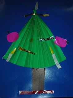 kerstboom van waaier vouwen