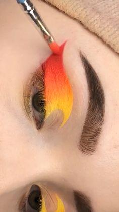 Makeup Eye Looks, Eye Makeup Steps, Crazy Makeup, Makeup Inspo, Makeup Inspiration, Makeup Geek, Hipster Makeup, Creative Eye Makeup, Colorful Eye Makeup