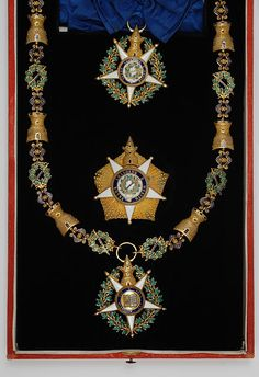 Order of the Tower and Sword - Wikipedia, the free encyclopedia