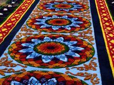 Galería - Fotos de las Tradicionales Alfombras de la Cuaresma y Semana Santa | Solo lo mejor de Guatemala