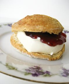 """Perfect Scone"" recipe by Gordon Ramsay Chef Gordon Ramsey, Gordon Ramsay, Perfect Scones Recipe, Chef Recipes, Cooking Recipes, English Food, English Scones, England, Sweets"