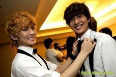 Shinee Key and Onew awwwwwwww <3