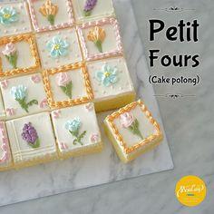 New Cake Mini Ideas Petit Fours Ideas Cake Mix Recipes, Frosting Recipes, Dessert Recipes, Mini Desserts, Cake Frosting Designs, Cake Designs, Cake Mix Cookies, Cake Pops, Wedding Frosting Recipe