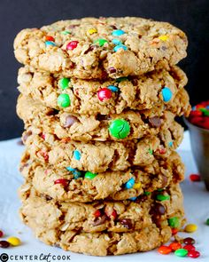 These Jumbo Monster Cookies are full of peanut butter, oatmeal, chocolate chips, and M&M's.no flour. Köstliche Desserts, Delicious Desserts, Dessert Recipes, Yummy Food, Delicious Cookies, Plated Desserts, Yummy Treats, Sweet Treats, Gastronomia