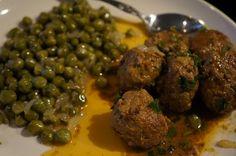 SCD Garlicky Meatballs w/ Sauteed English Peas & Onions (*Use fresh pressed garlic / minced onion, dry white wine & SCD legal chili powder...)
