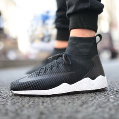@Nike's Zoom Mercurial Flyknit on-foot. #hskicks : @karlhab All Black Sneakers, Shoes Sneakers, Adidas Sneakers, Kicks, Shoe Game, Trainers, Sneaker Boutique, Stuff To Buy, Nike Zoom