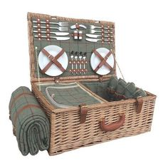 4 Person Tweed Picnic Basket Union Rustic Colour: GreenYou can find Picnic baskets and more on our Person Tweed Picnic Basket Union Rustic Colour: Green Wicker Hamper, Wicker Picnic Basket, Hamper Basket, Picnic Hampers, Gift Hampers, Picnic Set, Picnic Time, Picnic Ideas, Picnic Parties