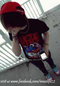 Max) Hey, my name is Max. I'm 18 and my favorite band is Suicide Silence. Music is my life. Single. Introduce?