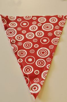 Fabric pennant bunting tutorial - made them for Meghan's wedding picnic. Easy just a little time consuming.