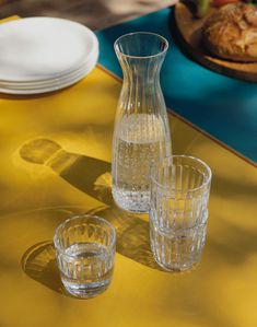 Raami carafe by Iittala serves from breakfast to dinner and goes beautifully together with the tumblers of the same collection. Mouth-blown in Finland, the carafe has a smooth, textured pattern that is easy to hold. Sparkling Wine Glasses, White Wine Glasses, Nordic Design, E Design, Design Shop, Carafe, Hand Tattoos, Kitchenware, Tableware