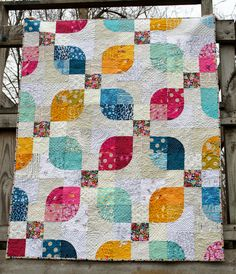 Bright Nine Patch and Drunkard's Path blocks - from A Quilter's Mixology by… Crazy Quilt Blocks, Circle Quilts, Patch Quilt, Quilt Block Patterns, Crazy Quilting, Crazy Patchwork, Modern Quilting, Scrappy Quilts, Easy Quilts