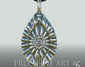 Trailer of Yoni waves by ErosFineArt on Etsy, €80.00 EUR