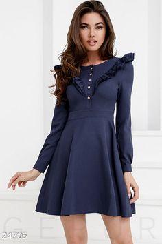 Романтичное однотонное платье  фото 1
